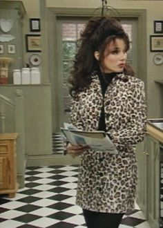 Fran Drescher as Nanny FineYou can find The nanny and more on our website.Fran Drescher as Nanny Fine Nanny Outfit, The Nanny, 90s Fashion, Vintage Fashion, Fashion Outfits, Couture Fashion, Runway Fashion, Fashion Trends, Spice Girls