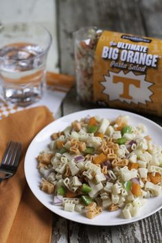 Collegiate Tailgate Pasta Salads are a game day touchdown! Sweet and tangy vinaigrette mixed with fresh veggies in school colors is a winning combination! Yummy Pasta Recipes, Rice Recipes, Yummy Food, Healthy Recipes, Best Side Dishes, Tailgate Food, Pesto Sauce, Food Tasting, Game Day Food