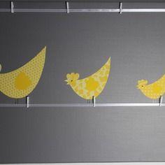 Tableau POULES jaunes et gris - Déco murale chambre enfant, garçon, fille, bébé. Cadeau de naissance. décoration…. by Little-Klo #little_klo