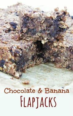 Chewy Chocolate and Banana Flapjacks. These are so moreish and chewy like all the best oaty flapjacks are. #vegan #scottishrecipes