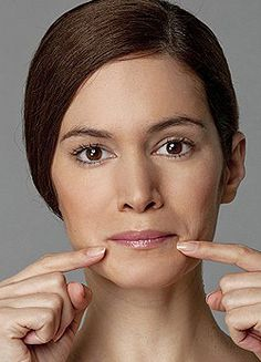 ultimate facercise: Forget Botox, nips and tucks. in just six days you can get a younger, firmer face - naturally The ultimate facercise: Forget Botox. in just six days you can get a firmer face naturally Facial Yoga, Facial Massage, Beauty Secrets, Beauty Hacks, Diy Beauty, Face Exercises, Training Exercises, Workouts, Hair Beauty