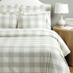 Where to buy gorgeous duvet covers? Find cozy and stylish duvet covers, bed covers, luxury bedding, bedspreads and more at Ballard Designs! Buffalo Check Bedding, Toile Bedding, Plaid Bedding, Green Bedding, Boho Bedding, Luxury Bedding Sets, Modern Bedding, Rustic Bedding, Bed Duvet Covers