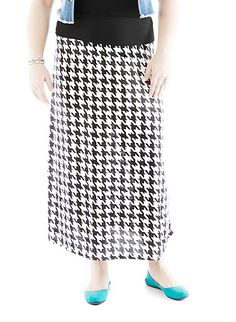 Plus-Size Houndstooth Maxi Skirt