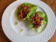 Asian inspired lettuce Thai Lettuce Wraps, Cooking Tips, Cooking Recipes, Favorite Recipes, Asian, Dinner, Inspired, Healthy, Ethnic Recipes