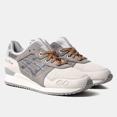We stock the most current Asics shoes at Urban Industry. Asics Gel Lyte III, Gel Lyte V and Kayano shoes are included in our selections each season. Sneakers Mode, Best Sneakers, Sneakers Fashion, Fashion Shoes, Men's Fashion, Buy Shoes, Men's Shoes, Shoe Boots, Shoes Sneakers