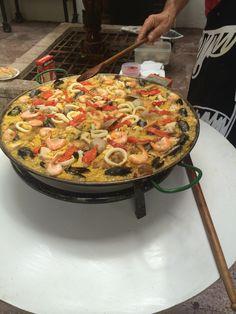Paella Paella, Ethnic Recipes, Projects, Food, Meals, Log Projects, Blue Prints, Essen, Yemek