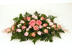 Fiori retro macchina #fiori #flowers 30 September, Funeral Flowers, Flower Designs, Floral Arrangements, Floral Wreath, Bouquet, Wreaths, Seasons, Rose