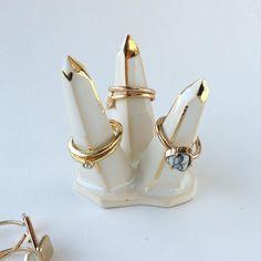 Gem shaped ring holder