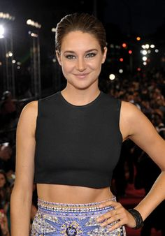 Shailene Woodley photographed on the red carpet at the 2013 MTV Video Music Awards in Brooklyn, New York. | MTV Photo Gallery
