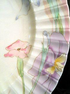 Mikasa PINK MELODY DINNER Plate Petite Bone Flowers Scalloped Rim L9810 Mikasa http://www.amazon.com/dp/B00U0NC2BM/ref=cm_sw_r_pi_dp_-4M7ub03TMSEB