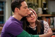 Big Bang Theory Series, The Big Bang Theory, Amy Farrah Fowler, Jim Parsons, Sheldon Amy, Soft Kitty Warm Kitty, Mayim Bialik, Meme Pictures, Tv Guide