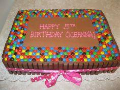 Kit Kat slab cake - double chocolate butter cream, kit kat M&Ms Birthday Sheet Cakes, Birthday Cake Girls, Candy Cakes, Cupcake Cakes, Sheet Cakes Decorated, Roblox Cake, Slab Cake, Cake Hacks, Chocolate Butter
