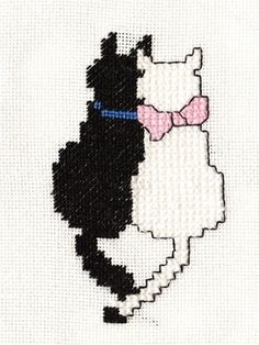 Easy Cat Embroidery Patterns Ideas – Awesome Cat Embroidery Patterns Id… - Stickerei Ideen Floral Embroidery Patterns, Machine Embroidery Patterns, Crochet Patterns, Cat Cross Stitches, Cross Stitching, Blackwork Embroidery, Cross Stitch Embroidery, Hand Embroidery, Butterfly Embroidery