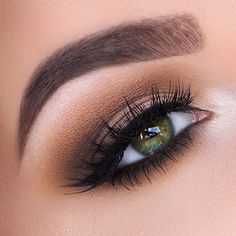 Classic brown smokey eye #eyes #eye #makeup #eyeshadow #bright #dramatic #bold #smokey