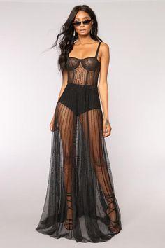 Sexy Outfits, Sexy Dresses, Beautiful Dresses, Fashion Dresses, Cute Outfits, Long Dresses, Fashion Clothes, Black Women Fashion, Look Fashion