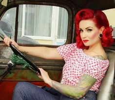 120 Breathtaking Vintage Rockabilly Hairstyle Ideas https://fasbest.com/120-breathtaking-vintage-rockabilly-hairstyle-ideas/