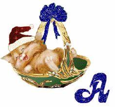 Alfabeto tintineante navideño de gatito feliz durmiendo.