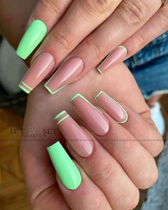 Bling Acrylic Nails, Acrylic Nails Coffin Short, Simple Acrylic Nails, Summer Acrylic Nails, Best Acrylic Nails, Acrylic Nail Designs, Dope Nail Designs, Square Acrylic Nails, Coffin Shape Nails