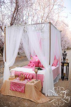 Jessica-Frey-Sleeping-Beauty-wedding-19