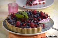 Berry Cheesecake, Kinds Of Desserts, Cupcakes, Wine Recipes, Sweet Recipes, Tapas, Food Photography, Berries, Bakery