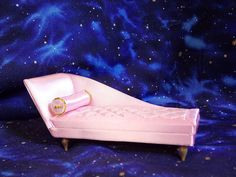 Petite Princess Pink Boudoir Chaise Longue / Lounge With Pamphlet New Old Stock in Dolls & Bears, Dollhouse Miniatures, Furniture & Room Items | eBay