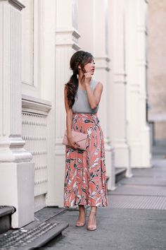 Fall Coral + Gray // Yumi Kim skirt + Missguided petite moto jacket - Extra Petite - Long skirt outfits for fall - Petite Outfits, Mode Outfits, Girl Outfits, Fashion Outfits, Petite Clothes, Short Girls Outfits, Fashion Capsule, Cute Fall Outfits, Spring Outfits