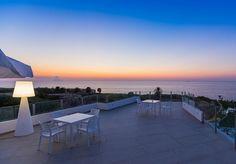 Paradijs in de voet van Italië, met een verbluffend uitzicht, zwembad en privéstrand, incl. ontbijt, toegang tot het strand