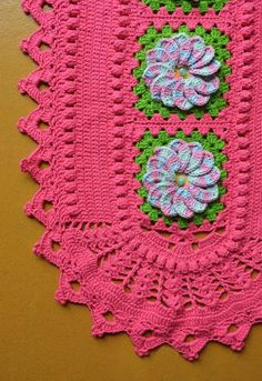 Tapete Oval Tutti-Frutti • Círculo S/A Tutti Frutti, Crochet Doily Patterns, Crochet Doilies, Table Covers, Diy And Crafts, Lily, Clip Art, Blanket, Blog