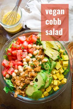 Juicy tomatoes, creamy avocado slices, hearty chickpeas, smoky coconut bacon, and savory tofu chunks are arranged atop crispy greens to make this flavor-packed and super satisfying vegan cobb salad. Vegan Lunch Recipes, Avocado Recipes, Delicious Vegan Recipes, Vegan Dinners, Raw Food Recipes, Salad Recipes, Healthy Recipes, Vegetarian Food, Healthy Tips