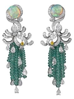CARTIER | Opal and Diamond Earrings | {ʝυℓιє'ѕ đιåмσиđѕ&ρєåɾℓѕ}