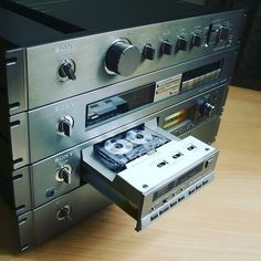 Good Morning !!! . Vintage @sony Love . . . #VintageAudio #Audio #Vintage #turntable #phono #vinyl #records #music #hifi #hifiaudio #highend #highfidelity #highendaudio #stereo #stereophile #vinylcollectionpost #recordplayer #audiophile #music #vinyljunkie #cassettes #technics #Marantz #stereo #Pioneer #NowSpinning #vinylcollection #speaker #vintagehifi #receiver #vintageturntable #33rpm