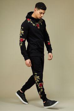 Double X Collaboration - Pandora Jogger East London Streetwear Since 1991 Mens Fashion Casual Wear, Stylish Mens Outfits, Sport Fashion, Casual Outfits, Men Casual, Moda Men, Track Suit Men, Indian Men Fashion, Mens Joggers