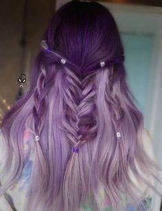 Lilac hair, pastel hair, dark ombre hair, lavender hair, hair color p Light Purple Hair, Dark Ombre Hair, Ombre Blond, Hair Color Purple, Light Hair, Dark Hair, Hair Colors, Purple Wig, Green Hair