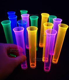 Lot de 15 mini verres shots éprouvette fluo UV