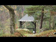 Kveta: Jáchymov, Boží dar, Klínovec, Ostrov - místa, která známe spíše ze zimních radovánek. I podzimní čas má něco do sebe.