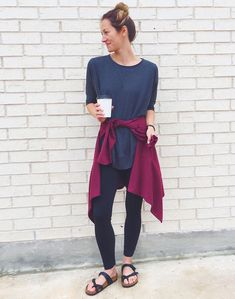 everyday outfits for moms,everyday outfits simple,everyday outfits casual,everyday outfits for women Tomboy Outfits, Mom Outfits, Everyday Outfits, Casual Outfits, Summer Outfits, Athleisure Trend, Athleisure Outfits, Birkenstock Outfit, Birkenstock Mayari