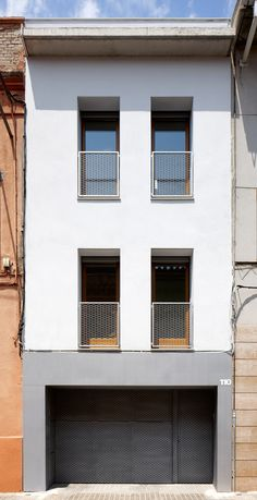 51PIA Reforma de casa entre mitgeres al Centre de Sabadell - Vallribera Arquitectes