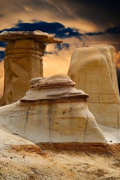 Canyons and Hoodoos near Drumheller in the Alberta Badlands, Canada, by BGSmith.