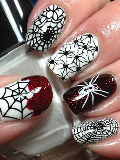 Get into the Halloween spirit with a spider manicure. Keep it classic with spiderwebs or try Spider-Man nail art. Nail Art Halloween, Holiday Nail Art, Halloween Nail Designs, Halloween Spider, Scary Halloween, Halloween Halloween, Trendy Halloween, Halloween Fashion, Halloween Pictures