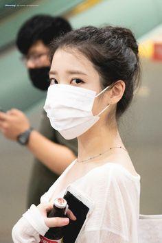 Iu Hair, Mask Girl, Kpop Fashion Outfits, Women's Fashion, Airport Style, Airport Fashion, Korean Celebrities, Star Shape, K Idols