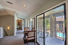 Our windows are great at bringing in a lot of natural light.  #SanAntonioApartments #FifthAvenueApts