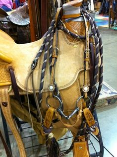 Great saddle I saw at the NW Horse Fair and Expo from John at Buckaroo Leather Products: http://www.buckarooleather.com/