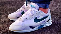 nike delphina Ankle Sneakers, Retro Sneakers, Air Max Sneakers, Sneakers Nike, 90s Shoes, Men's Shoes, Trainer Shoes, Nike Runners, Nike Air Max
