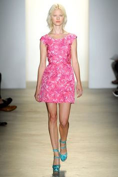 Peter Som Spring 2011 Ready-to-Wear Collection Photos - Vogue