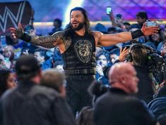 Roman Reigns Tattoo, Roman Reigns Gif, Roman Reigns Wrestling, Wwe Superstar Roman Reigns, Samoan Men, Wwe Raw And Smackdown, Wwe T Shirts, Roman Regins, Top Tv Shows