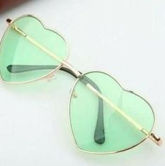 Heart-shaped Green Valentine Gift R More Insta: Mint Green Aesthetic, Rainbow Aesthetic, Aesthetic Colors, Aesthetic Pictures, Color Verde Jade, Verde Aqua, Heart Shaped Sunglasses, Girl With Sunglasses, Sunglasses Women