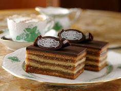 Gerbaud cake (Zserbó süti, Hungary) (1serving=5x2cm=35g) Recipe by HAKAPES | SparkRecipes