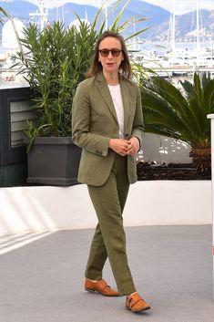 Celine Sciamma at the photocall for Portrait De La Jeune Fille En Feu at the Annual Cannes Film Festival Celine Sciamma, Best Director, Cannes Film Festival, Brad Pitt, Portrait, How To Look Better, Suit Jacket, Mens Fashion, Actors