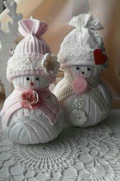 sweater snow ladies by Babu Szabo-www.facebook.com/LAteliercrochelaceandroses