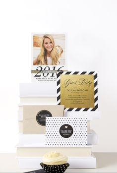 Graduation will be here before you know it. Share your accomplishment with Tiny Prints graduation announcements.